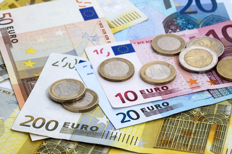 bisogno di fare soldi velocemente banche commerciali e di investimento